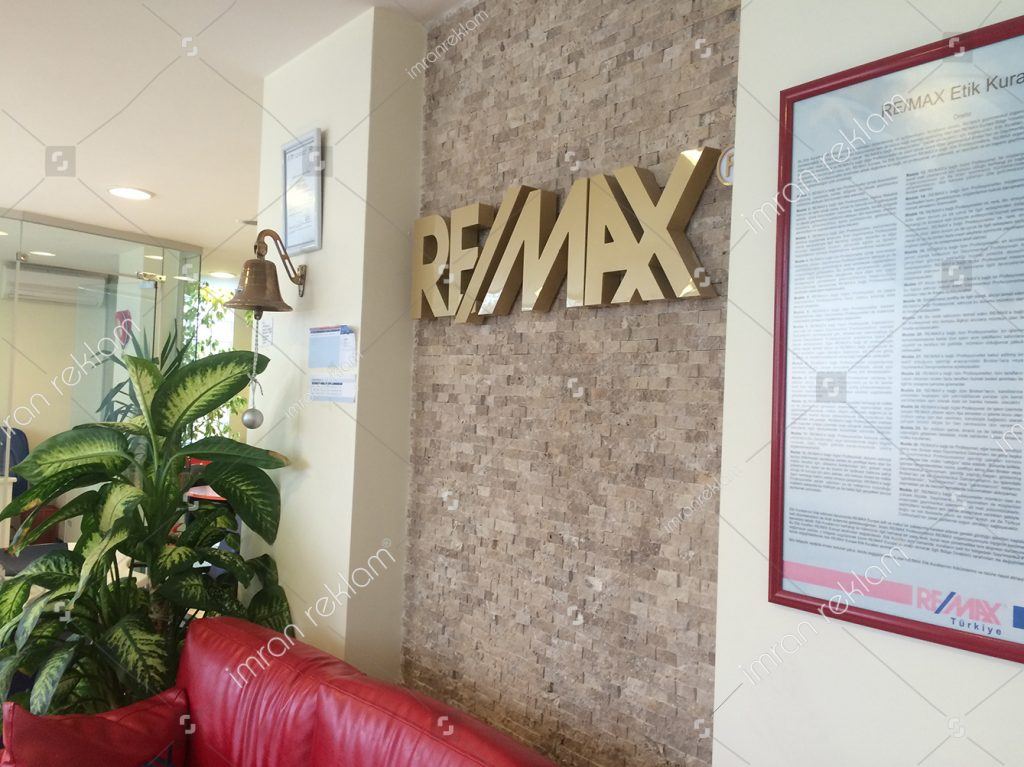 remax-paslanmaz-harfli-banko-tabelasi